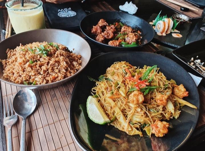 Pow: Halal RestaurantReview